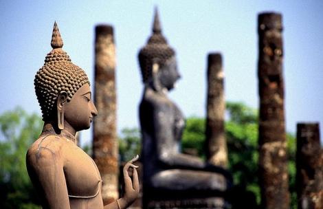 Thailand - Wat Mahathat por melenama (CC BY-SA 2.0)